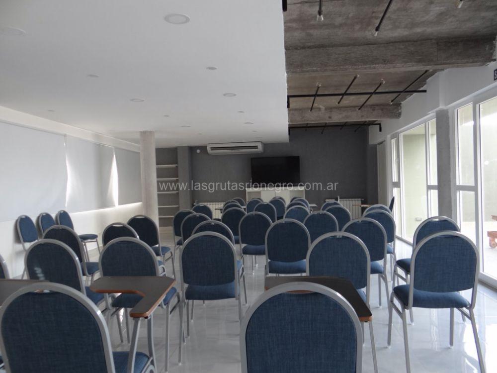 Confitería + Salón de reuniones